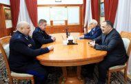 Сергей Меликов провел рабочую встречу с начальником Пограничного управления ФСБ по Дагестану