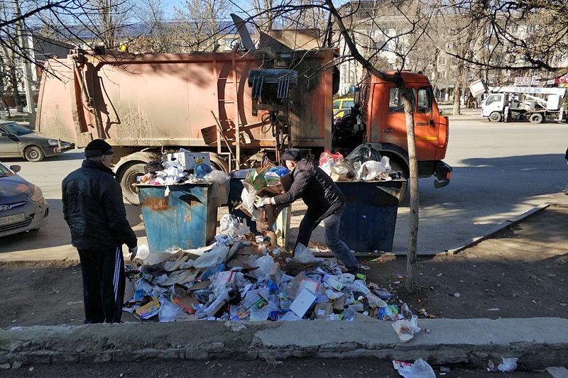 Власти Дагестана наметили план стабилизации ситуации с вывозом мусора