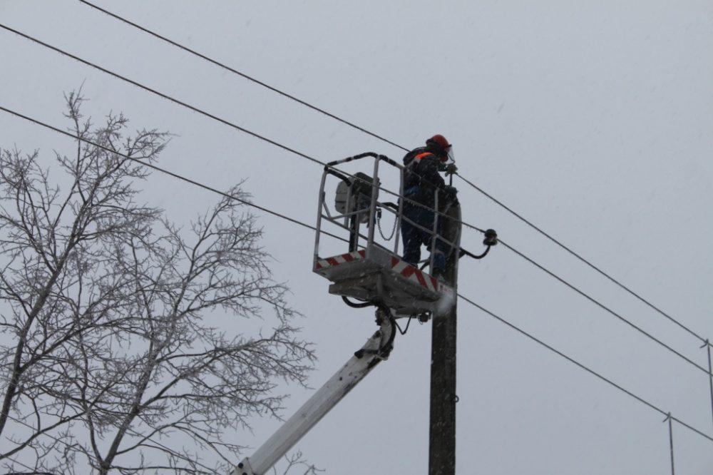 Сильный ветер в Дагестане оставил без света жителей 118 сел