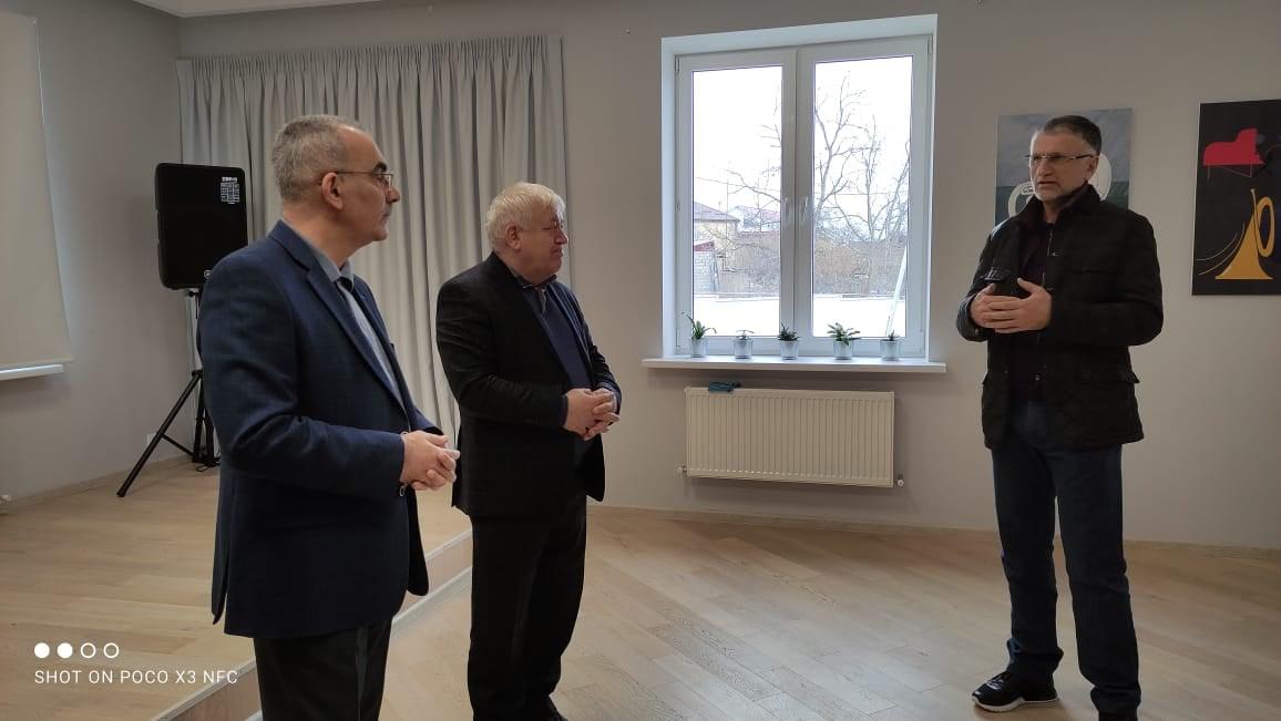 Ректор ДИРО Гамзат Джамалудинов посетил Сулейман-Стальский район