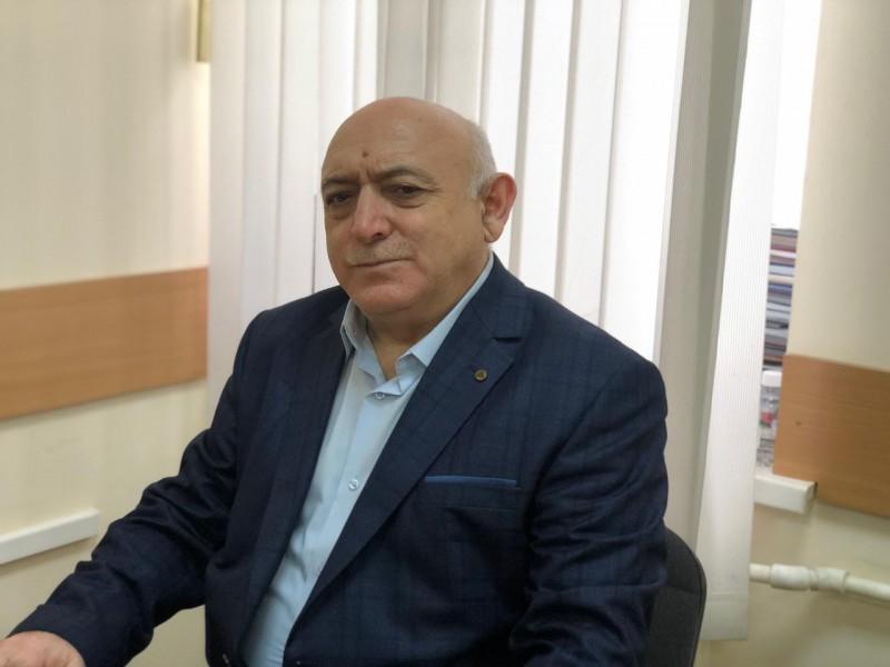 Главный терапевт минздрава Дагестана рассказал о том, как перенес вакцинацию против коронавируса