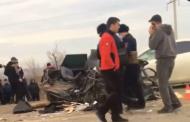 В окрестностях Махачкалы столкнулись три легковых автомобиля и автобус