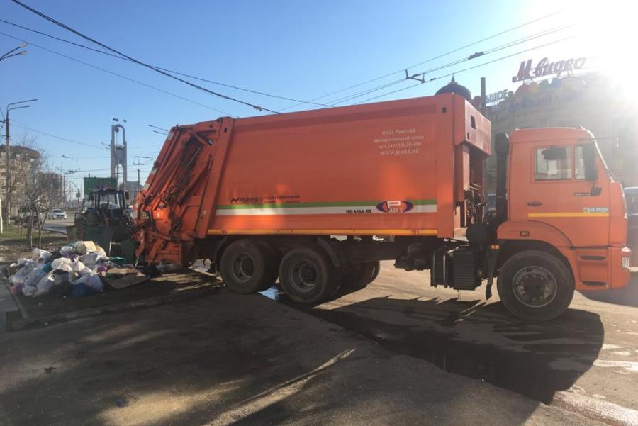 Около 3 тыс. человек вышли на уборку мусора в Махачкале