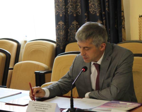 Мурад Далгатов рассказал об ответственном отношении предпринимательского сообщества к вопросам вакцинации