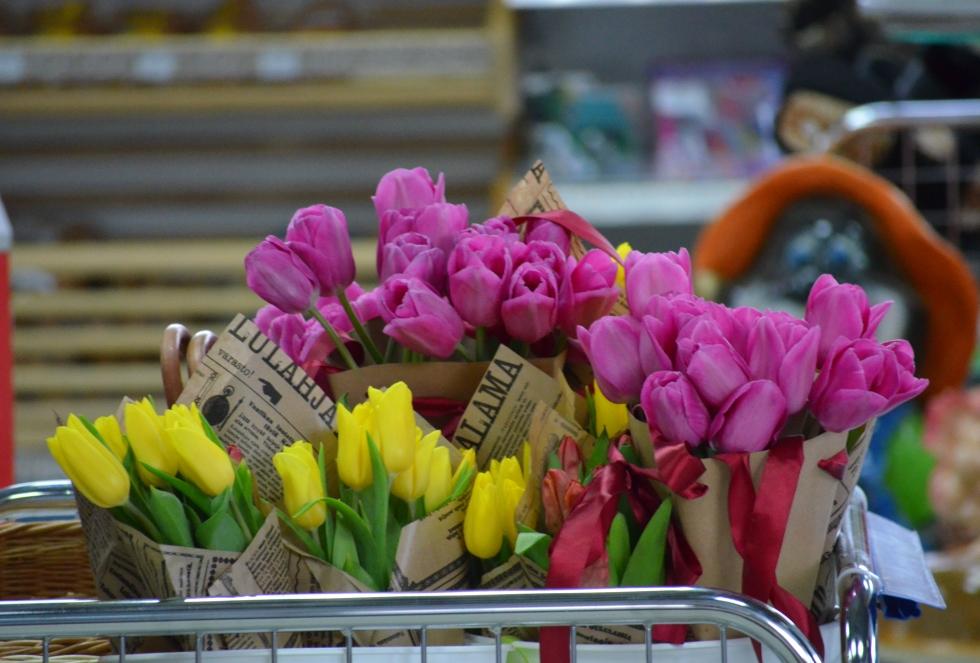 Как выбрать живые цветы к празднику?