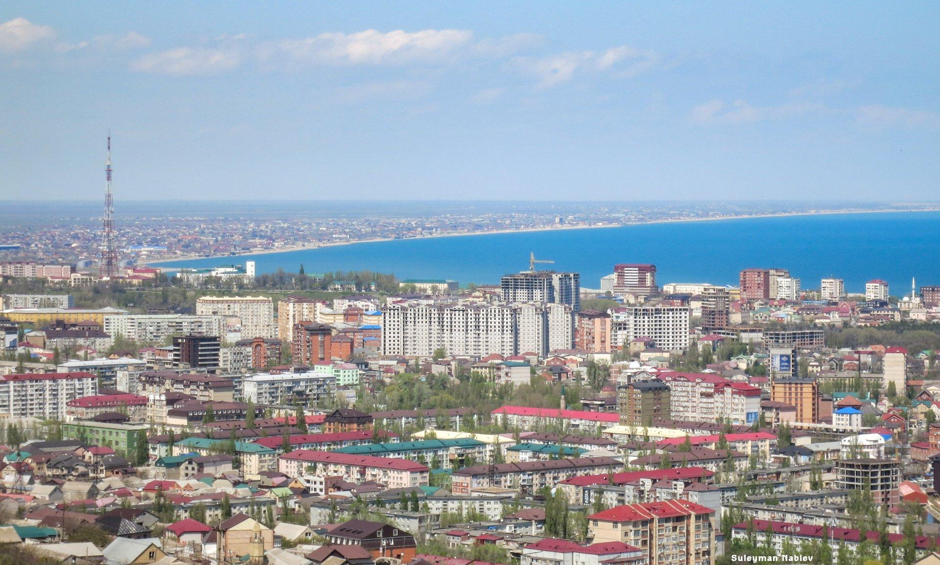 Махачкала вошла в топ-10 популярных авиамаршрутов из Москвы