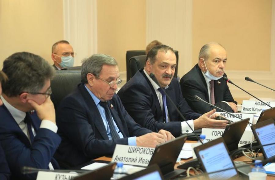 Механизмы решения проблем социально-экономического развития Дагестана обсудили в Совете Федерации РФ