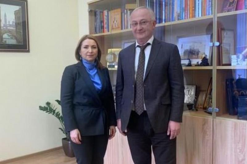 Абдулпатах Амирханов встретился с замминистра науки и высшего образования России Натальей Бочаровой