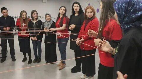 Волонтеры в Дагестане поучаствовали во флешмобе «Паутина»