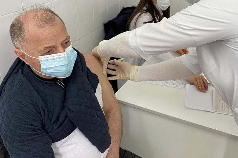 Представители Общественной палаты Дагестана прошли первый этап вакцинации от COVID-19