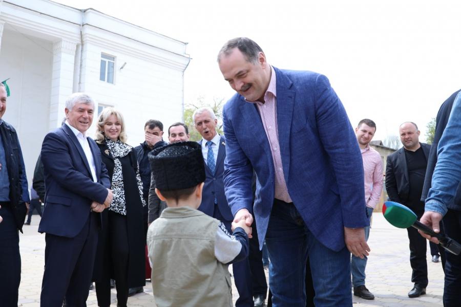 Сергей Меликов посетил город Дагестанские Огни