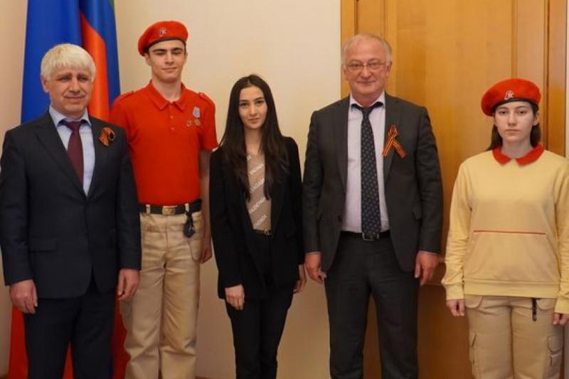 Правительство Дагестана присоединилось к акции «Георгиевская ленточка»