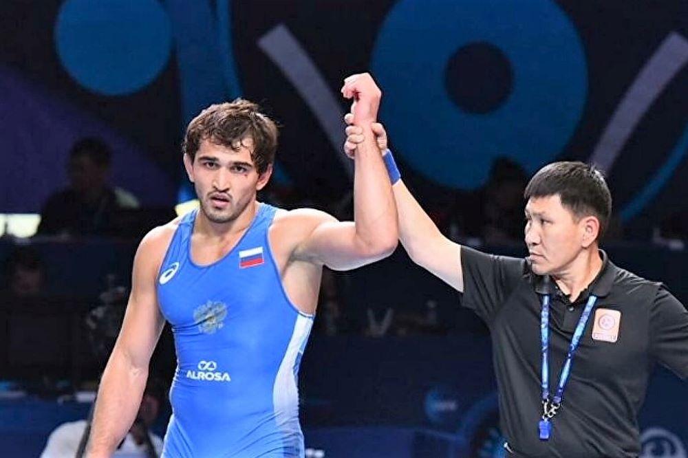 Два борца из Дагестана вышли в финал чемпионата Европы