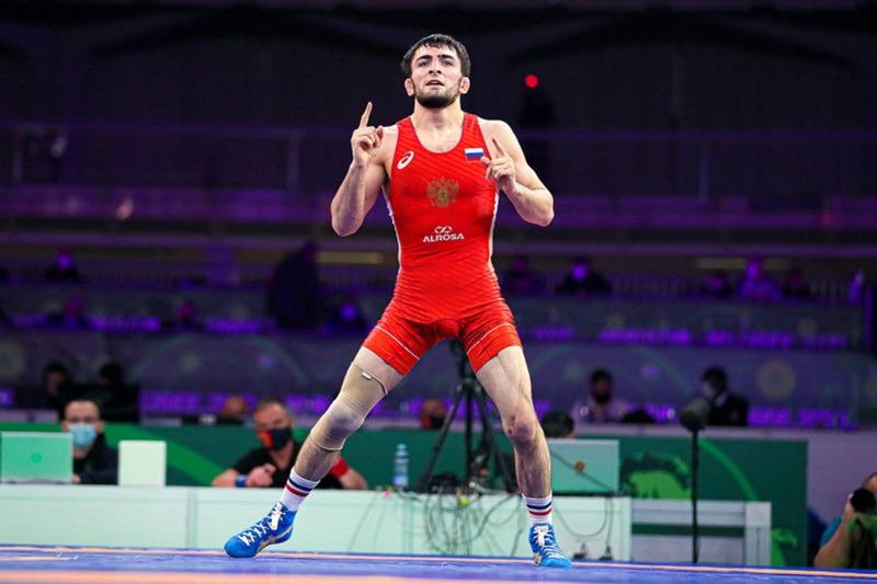 Еще два борца из Дагестана вышли в финал чемпионата Европы