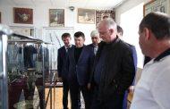 Власти Дагестана окажут поддержку в восстановлении работы известного художественного комбината в селе Кубачи