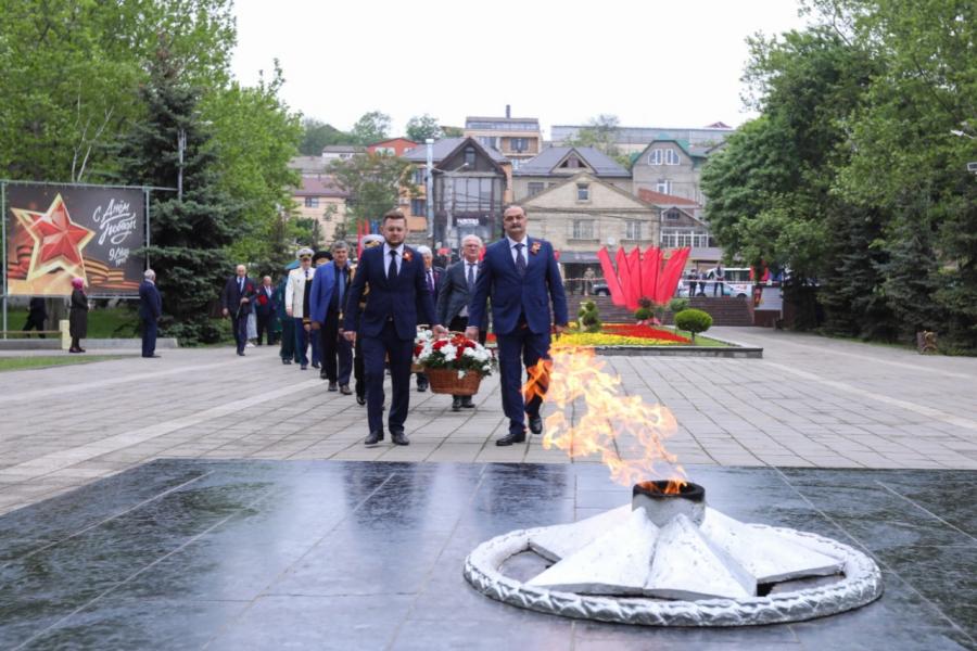 Сергей Меликов почтил память погибших в годы Великой Отечественной войны