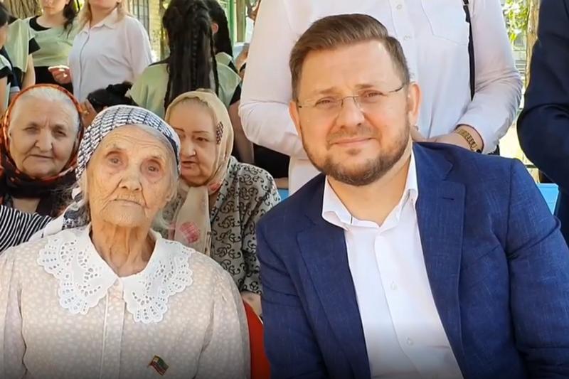 Ветерану Елене Зюряевой присвоено звание почетного гражданина Махачкалы