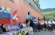 В школах Ботлихского района проходят последние звонки для выпускников