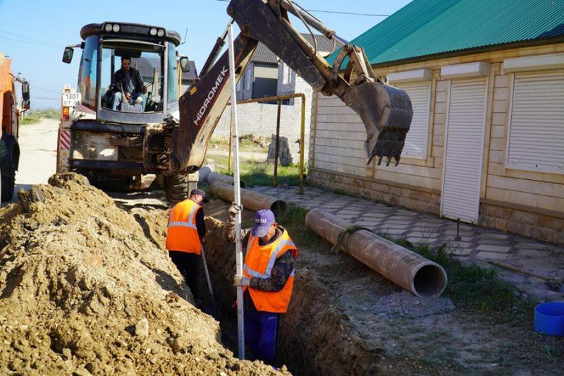 До 20 мая будет решена проблема с канализацией по улице 4-я Школьная в Каспийске