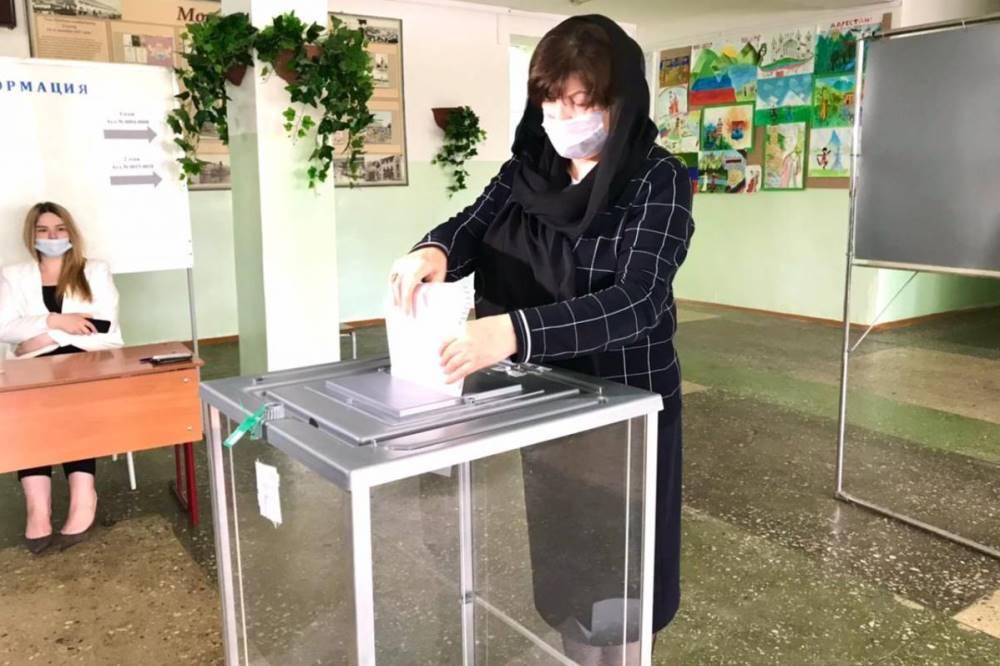 Луиза Алиханова: «Предварительное голосование проходит в штатном режиме»