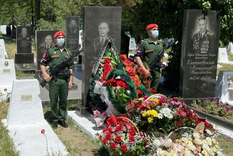 В Дагестане почтили память Героя Советского Союза Ризвана Сулейманова