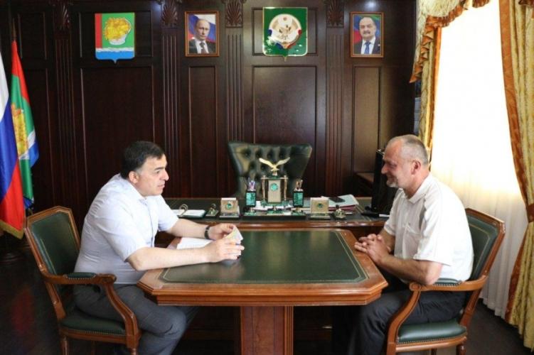 Глава Магарамкентского района встретился с директором филиала ФГБУ «Минмелиоводхоз РД»