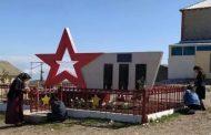 В Казбековском районе благоустроили территорию памятника ветеранам
