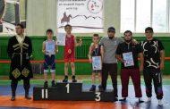 Чемпионат по вольной борьбе среди юношей состоялся в Кайтагском районе