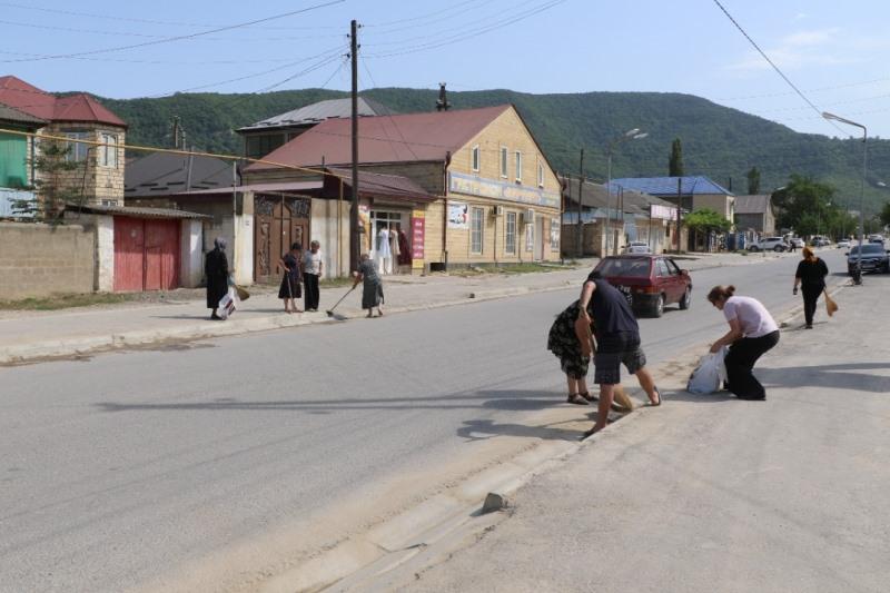 Алим Темирбулатов: «Призываю всех жителей района поддерживать чистоту в Кайтаге»