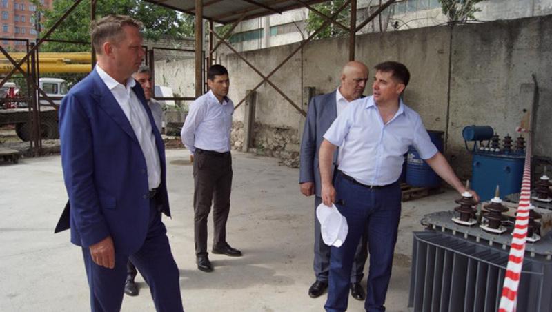 Андрей Майоров проинспектировал ход выполнения ремонтной программы в Дагестане