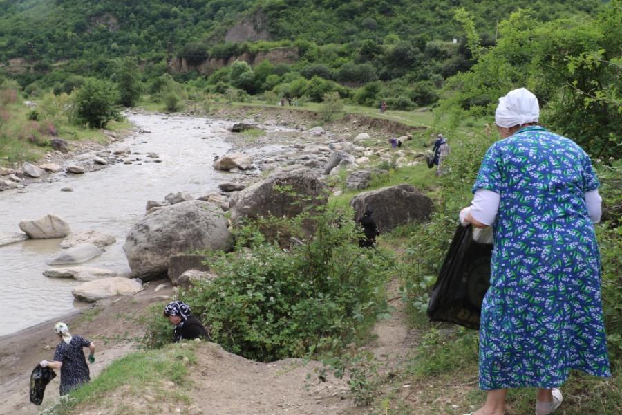 В Кайтагском районе продолжается цикл экологических субботников