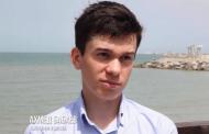 В Каспийске выпускник Ахмед Бабаев набрал 100 баллов по русскому языку