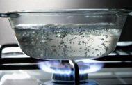 Роспотребнадзор напоминает о необходимости использования кипяченой воды для питья и приготовления пищи