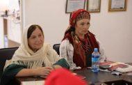 Кайтагская мастерица приняла участие в круглом столе о сохранении художественных ремесел