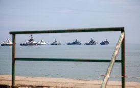Равнение на Каспий (ФОТО)
