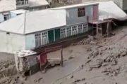 Сель повредил дома и дорогу в селе Хилих