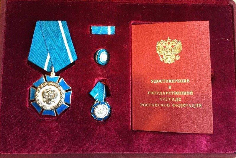 Президент России наградил Садулаева, Угуева и Батыргазиева орденами