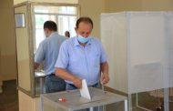 Муслим Телякавов проголосовал на выборах на избирательном участке в Махачкале