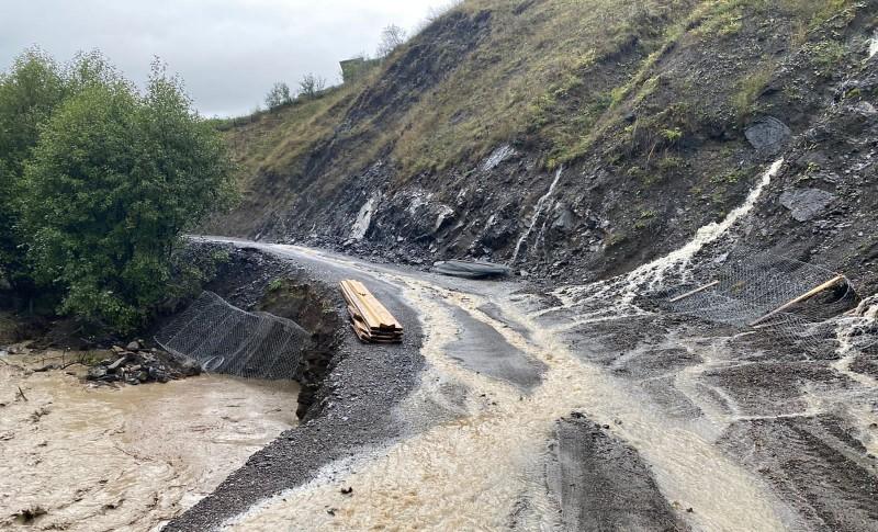 Открыт проезд по временной схеме во все районы Дагестана, пострадавшие из-за ливней