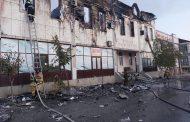 В Хасавюрте сгорела гостиница, погибли два человека, еще один обгорел полностью