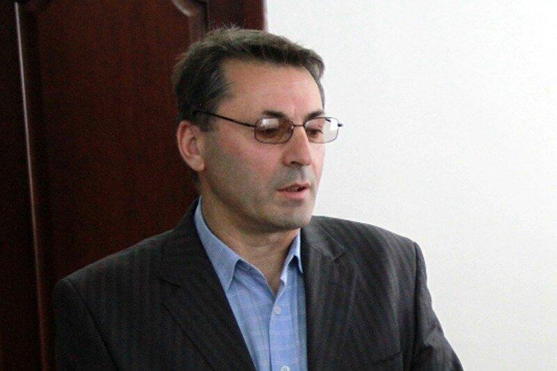 Магомедбек Ахмедов освобожден от должности замглавы минсвязи