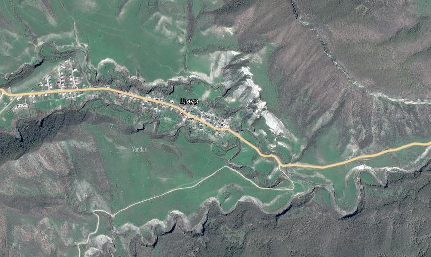 Оползень разрушил дорогу в Сулейман-Стальском районе