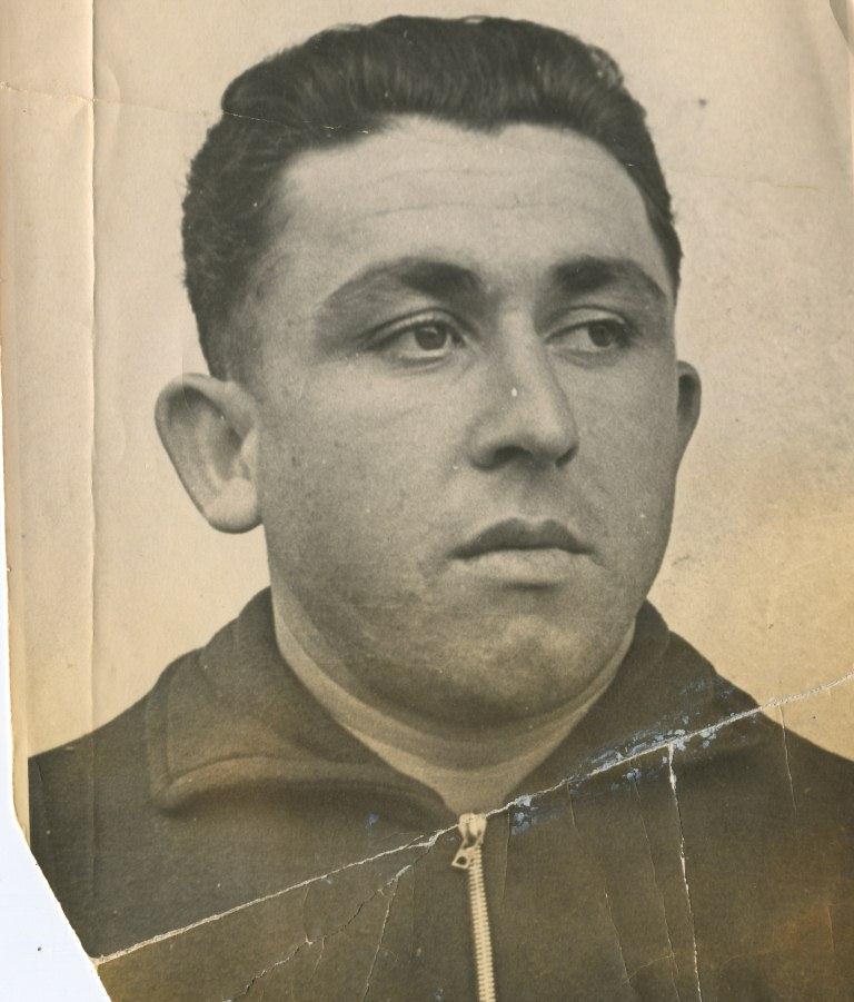 Сабир Ахундов, шофер