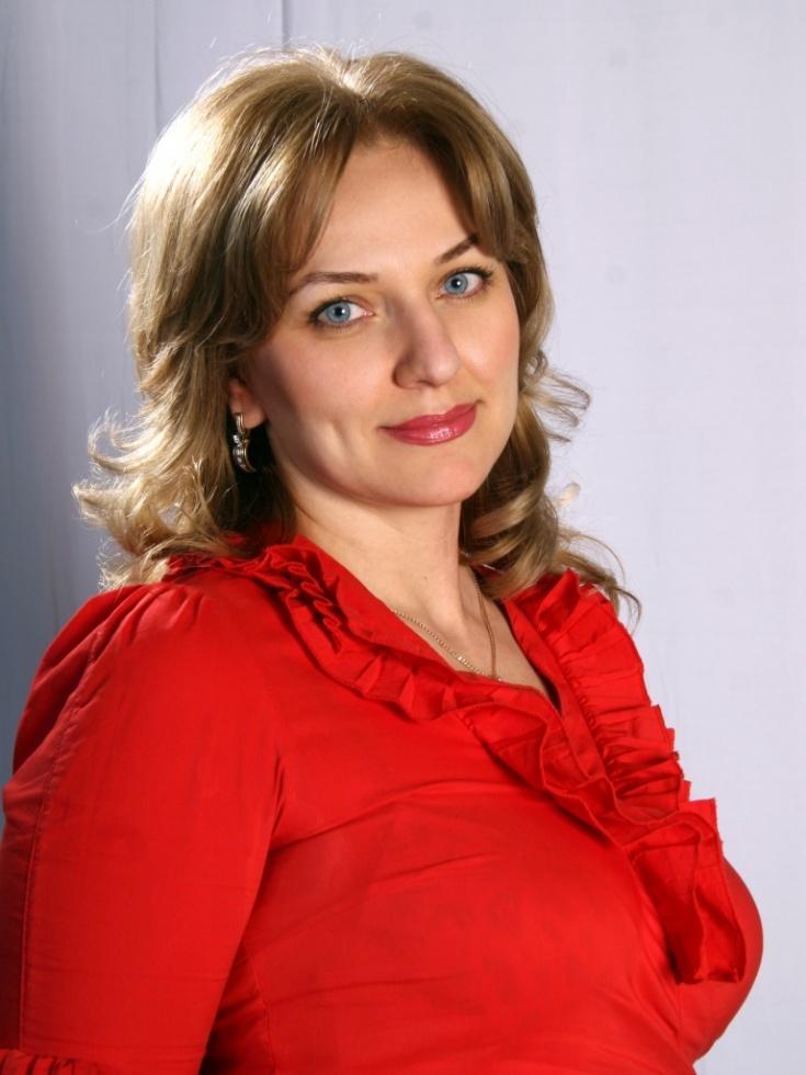 Зарема Бутаева поздравила коллег с Международным днем театра