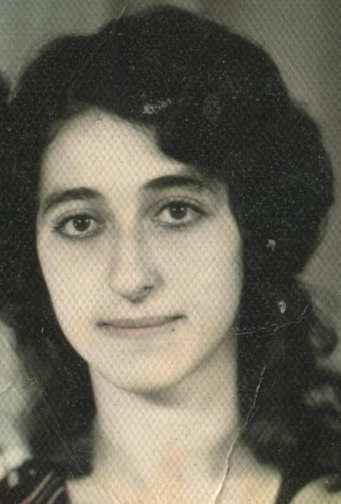 Рива Абрамова (Давыдова), домохозяйка