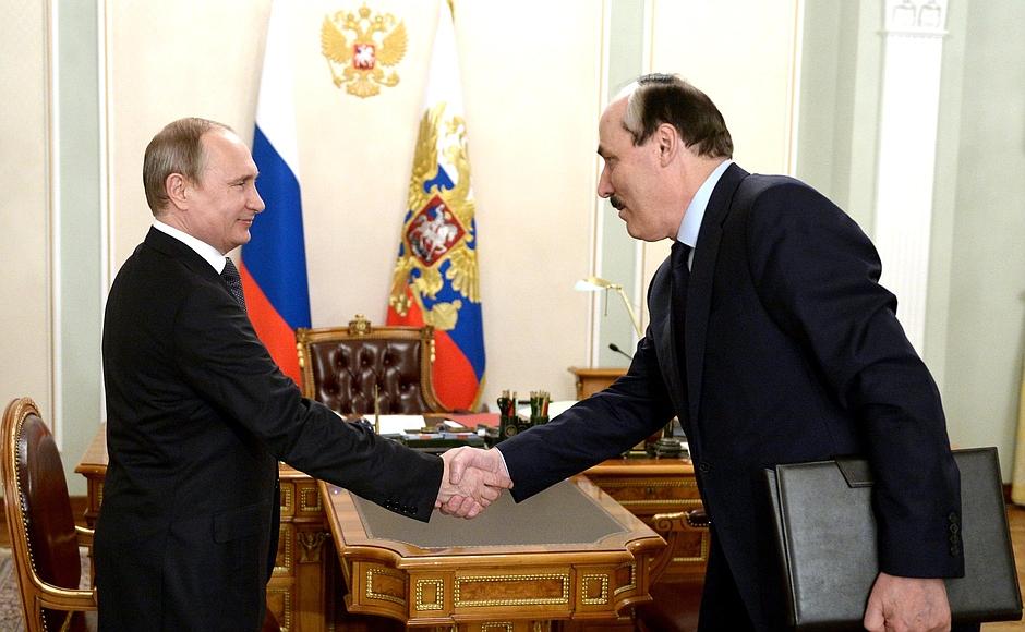 Рабочая встреча В. Путина и Р. Абдулатипова