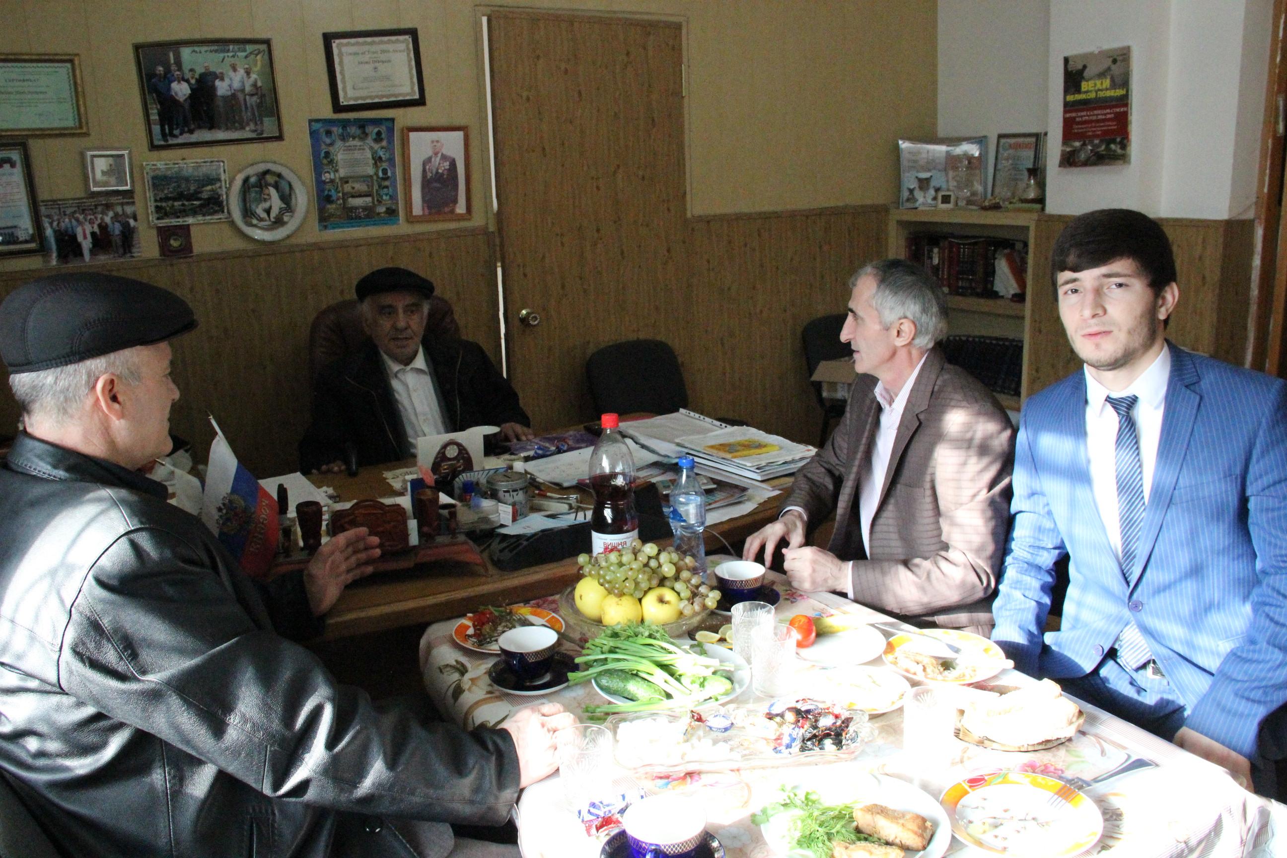 Руководство Комитета по свободе совести, взаимодействию с религиозными организациями РД посетило махачкалинскую синагогу