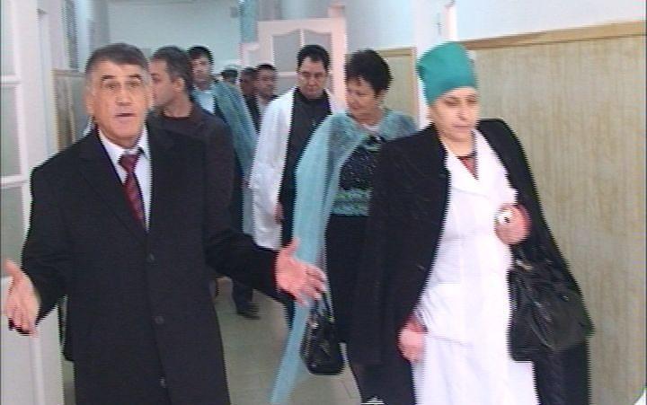 В Кизляре после капремонта торжественно открыли детскую больницу