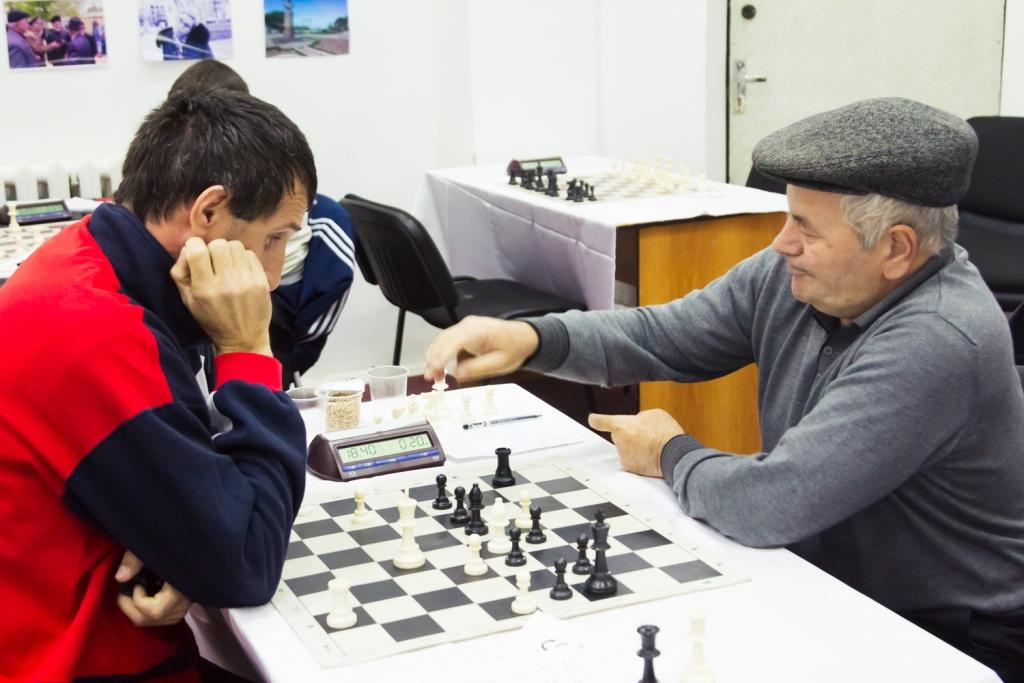 Стартовал Чемпионат Махачкалы по шахматам