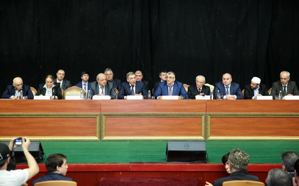 Абдусамад Гамидов провел совещание по вопросам совершенствования воспитательной работы с дагестанскими спортсменами